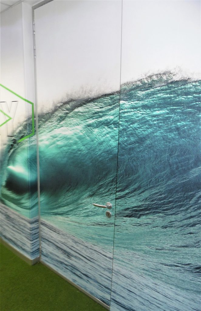 Custom Wallpaper Wave Design
